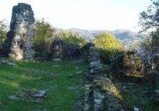 Остатки крепости форта Лазарева